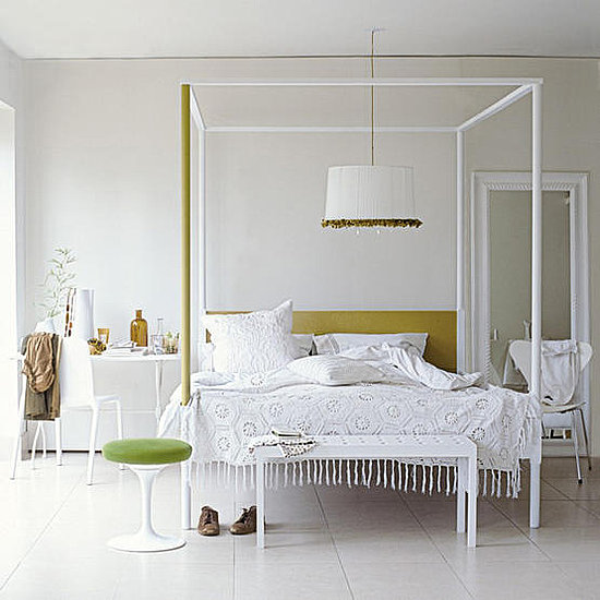 4 poster bed spoonful of home design for Habitaciones blancas