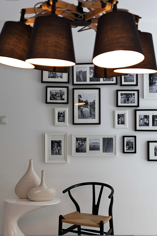 Jardin at dunearn road by the scientist spoonful of home design - Table jardin moderne dijon ...