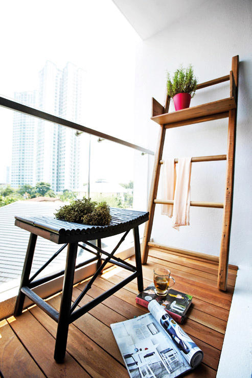 Small Space Living Singapore Clean Lined Shoebox