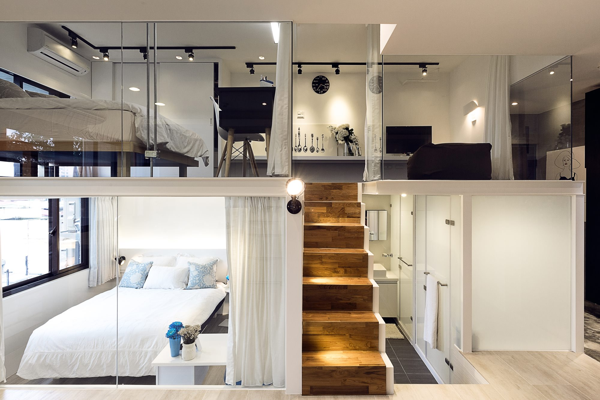 Lee s design a modern loft shared by two sisters for How to design a loft
