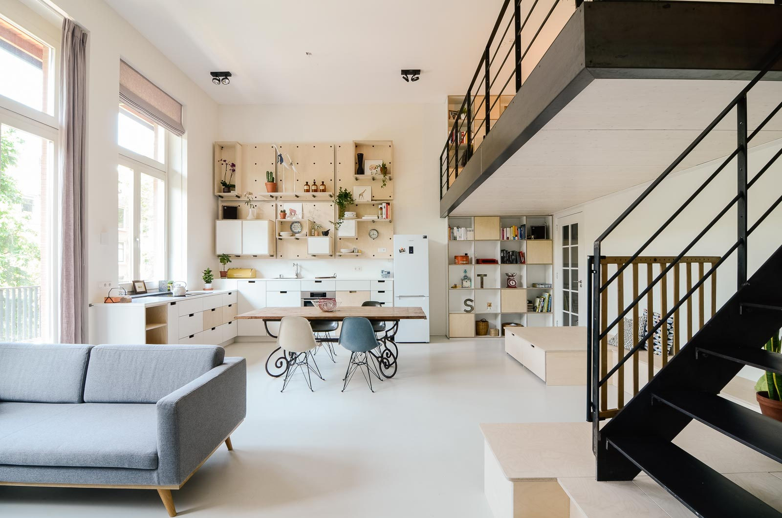 Amsterdam s old school converted into modern apartment ons dorp