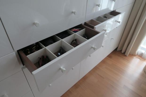 sis_1_drawers